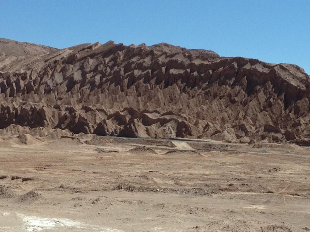 Las formaciones volcánicas son increíbles . Justo al lado de la carretera camino a San Pedro.