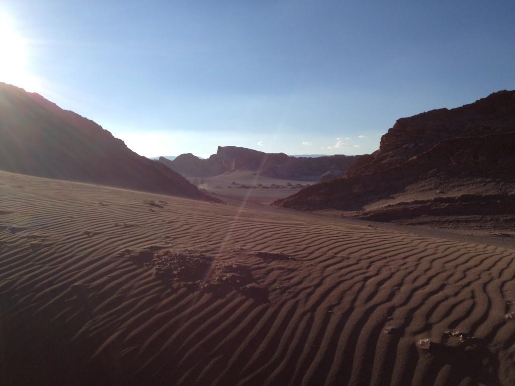 Paisaje lunar en las Dunas de Atacama. Otro Mundo.