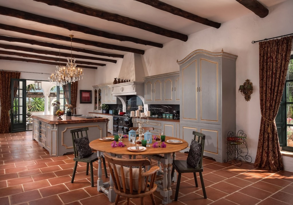 luxury-villas-seville-hacienda-montellano-11